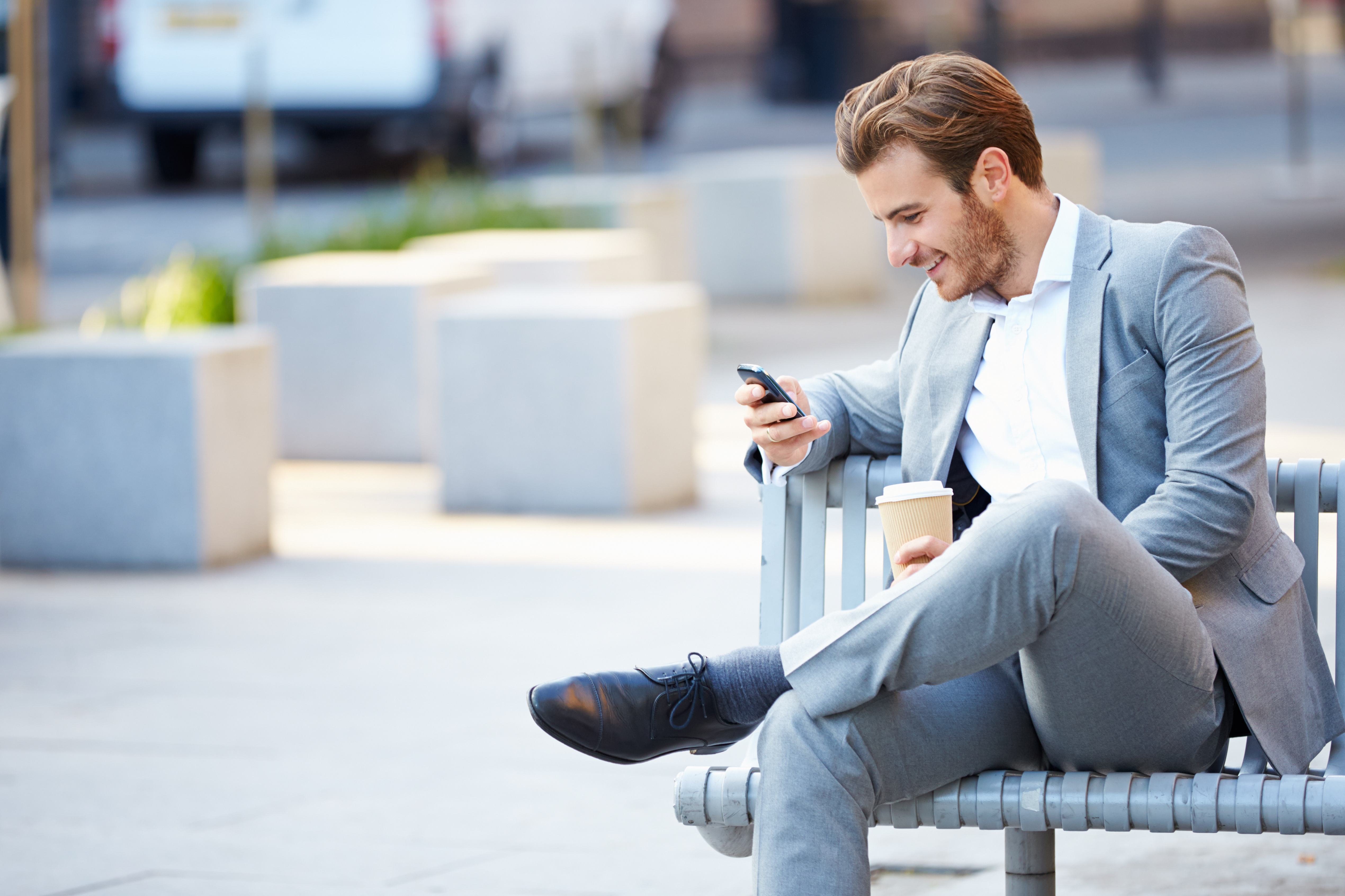 how mobile phones help business